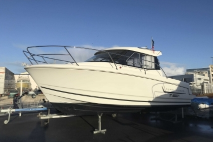 Jeanneau Merry Fisher 755 Marlin for sale in France for €34,900 (£30,652)