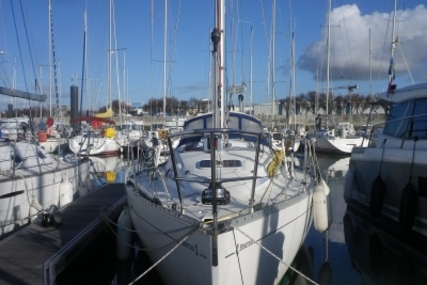 Beneteau First 310 for sale in France for €25,000 (£22,074)