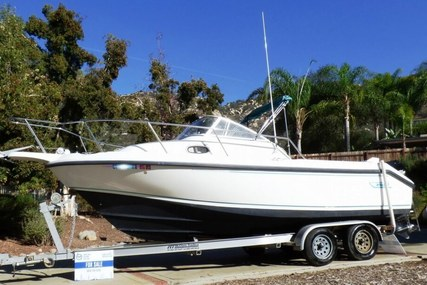 Boston Whaler 23 Conquest for sale in United States of America for $30,000 (£21,600)