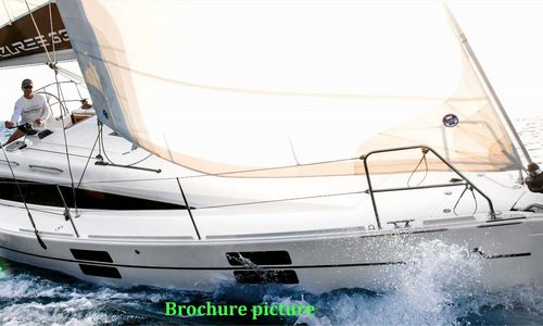 Image of Azuree 33C for sale in Netherlands for €136,300 (£120,740) Op Aanvraag - Upon Request. Contact For Sail in Marina Port Zélande - Ouddorp, Netherlands