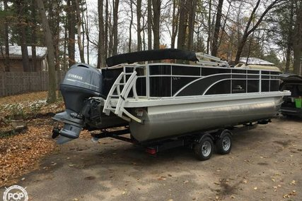 Bennington 2221 SSXAPG for sale in United States of America for $35,000 (£24,586)