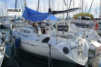 Beneteau First 305 for sale in France for €25,000 (£22,110)
