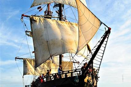 Custom built Day Charter PIRATE SHIP Spanish galleon replica for sale in Saint Lucia for $700,000 (£531,084)