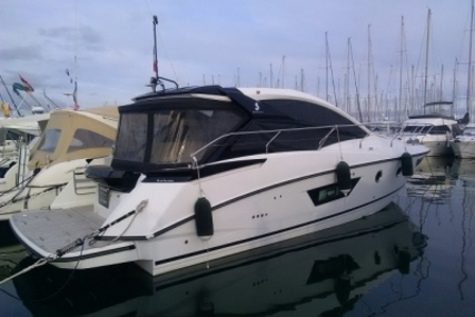Beneteau Gran Turismo 40 for sale in France for €329,000 (£288,195)
