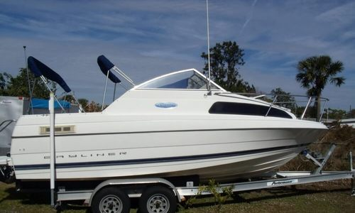 Image of Bayliner 222 Classic for sale in United States of America for $13,500 (£10,256) Port Charlotte, Florida, United States of America