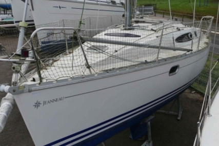 Jeanneau Sun Odyssey 29.2 for sale in France for €25,000 (£21,899)