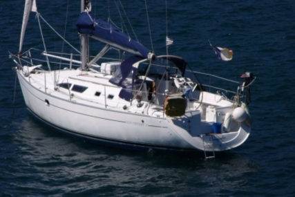 Jeanneau Sun Odyssey 37 for sale in France for €64,000 (£56,337)