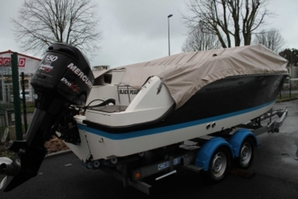 Quicksilver 645 ACTIV for sale in France for €25,000 (£21,942)