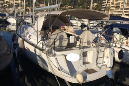 Beneteau Oceanis 40 for sale in France for €110,000 (£97,126)