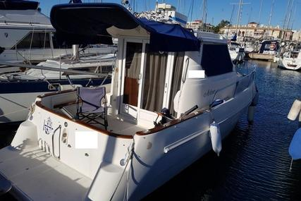 Astinor 840 for sale in Spain for €39,000 (£34,436)