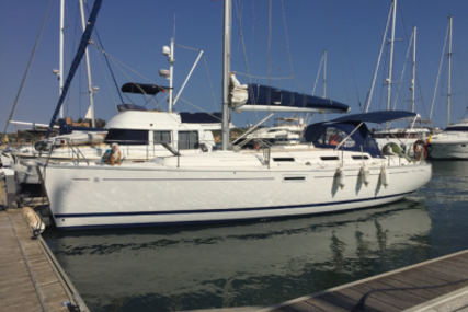 Dufour 385 Grand Large for sale in Portugal for 85.000 € (74.314 £)