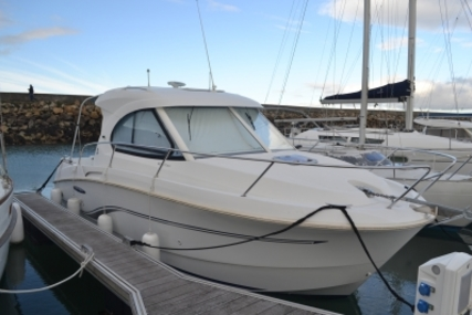 Beneteau Antares 8 for sale in France for €47,000 (£41,499)