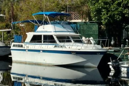Uniflite 36' Double Cabin for sale in United States of America for $25,000 (£18,015)