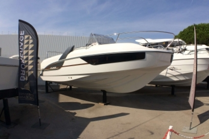 Beneteau Flyer 7.7 Sundeck for sale in France for €67,300 (£59,521)