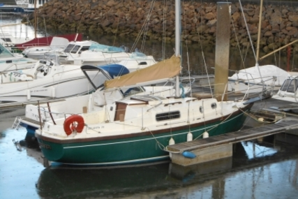 Atlanta 26 for sale in France for €8,900 (£7,850)