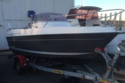B2 Marine CAP FERRET 552 DC for sale in France for €18,900 (£16,806)