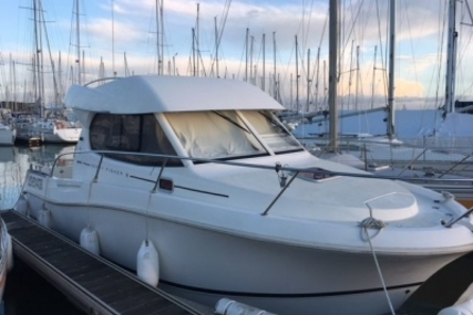 Jeanneau Merry Fisher 815 for sale in France for €44,900 (£39,530)