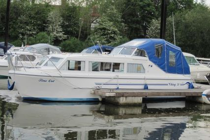 Viking Yachts 28 Canal Boat for sale in United Kingdom for £49,941