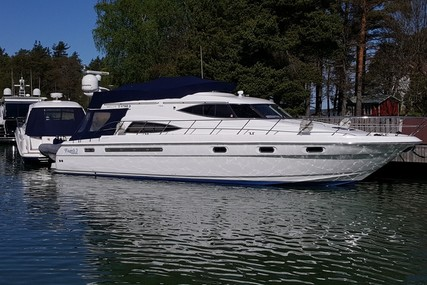 Sealine T52 for sale in Finland for €440,000 (£382,665)