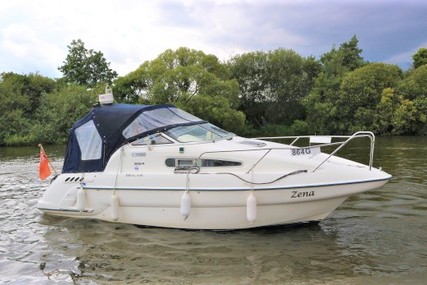 Sealine S24 for sale in United Kingdom for £24,950 ($32,152)