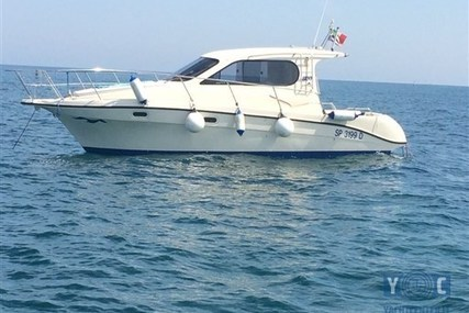 Intermare 800 for sale in Italy for € 47.000 (£ 41.072)