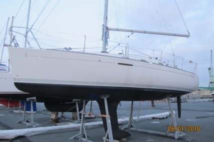 Beneteau First 31.7 for sale in France for €42,990 (£37,388)