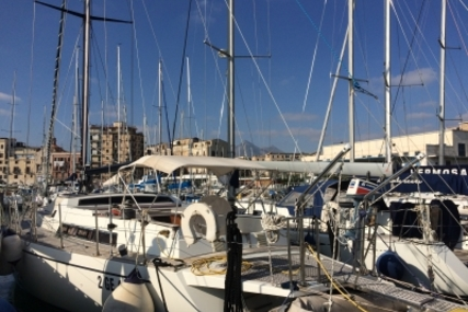 Ferretti FERRETTI 53 ALTURA for sale in Italy for €140,000 (£125,227)