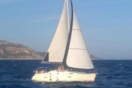 Beneteau Oceanis 331 Clipper for sale in Italy for €39,000 (£34,492)