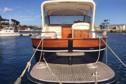Apreamare 38 for sale in Italy for €129,000 (£114,089)