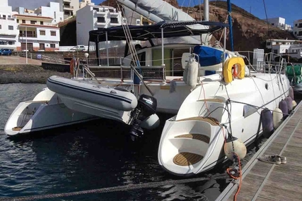 Fountaine Pajot Athena 38 for sale in Spain for €145,000 (£128,030)