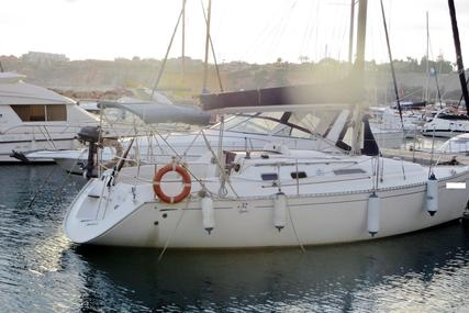 Dufour 32 Classic for sale in Spain for €33,000 (£28,839)