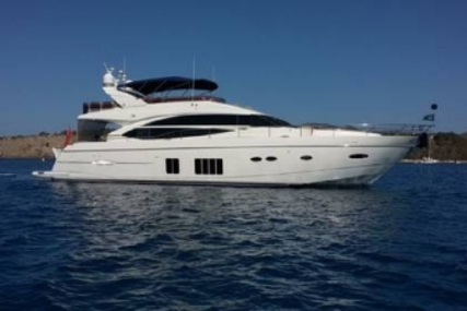 Princess 72 for sale in Italy for €1,600,000 (£1,408,537)