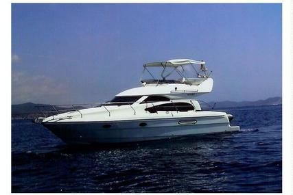 Astondoa 394 for sale in Spain for €119,995 (£105,315)