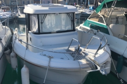 Beneteau Barracuda 7 for sale in France for €38,000 (£34,135)