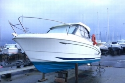 Beneteau Antares 680 HB for sale in France for €24,200 (£21,437)
