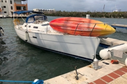 Beneteau Oceanis 323 Clipper for sale in Saint Martin for €40,000 (£35,107)