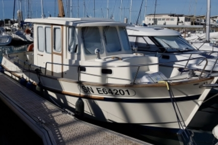 Rhea Marine 28 for sale in France for €91,500 (£79,635)
