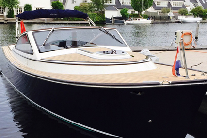 Long Island 33 Runabout Sun for sale in Netherlands for €129,000 (£113,461)