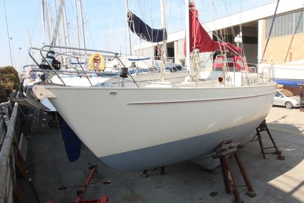 Dick Zaal 38 for sale in Italy for €98,000 (£86,401)