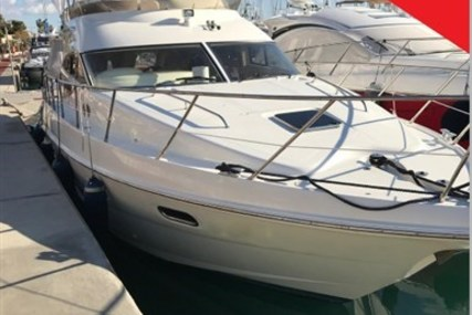 Sealine F 42/5 for sale in Italy for €178,000 (£156,220)