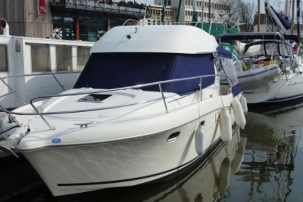 Jeanneau Merry Fisher 925 for sale in France for €63,000 (£55,210)