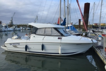 Beneteau Antares 7.80 for sale in France for €34,000 (£29,878)