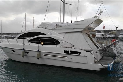 Azimut 42 for sale in Italy for €123,000 (£107,471)