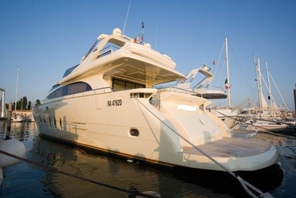 Leonard Yacht Leonard 74 for sale in Italy for €849,000 (£744,182)