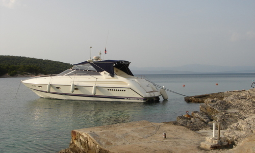Image of Sunseeker Comanche 40 for sale in Croatia for €59,000 (£54,081) Croatia