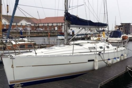 Beneteau Oceanis 323 Clipper for sale in United Kingdom for £42,500