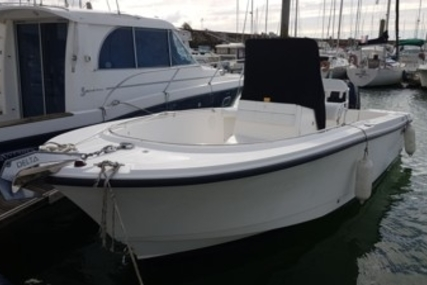 Edgewater 228 CC for sale in France for €32,000 (£28,330)