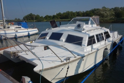 Bluewater Yachts Catalac 27 Power for sale in United Kingdom for €29,000 (£25,339)