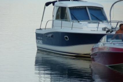 Beneteau Antares 760 for sale in France for €33,000 (£28,907)
