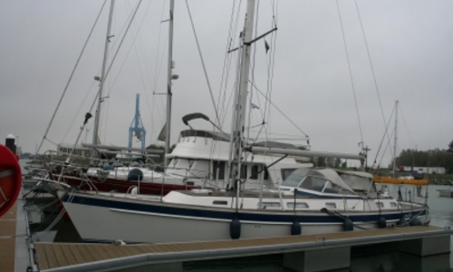 Image of Hallberg-Rassy 43 for sale in Belgium for €309,000 (£271,727) Belgium